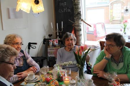 Café Lebensnah - Tee- und Kaffeestunde